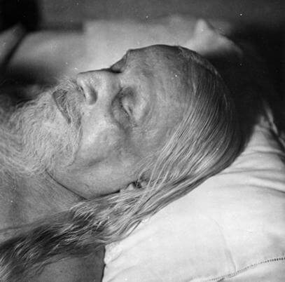Sri Aurobindo shows us the way towards a glorious future. -The Mother